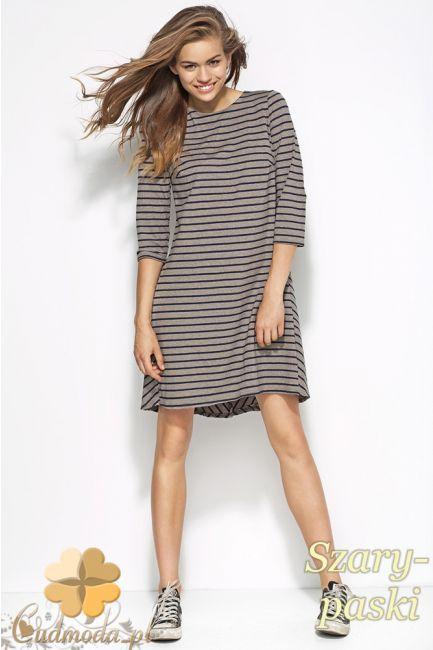 Rozkloszowana, dzianinowa sukienka z rękawami 3/4 marki Alore.  #cudmoda #moda #styl #ubrania #odzież #sukienki