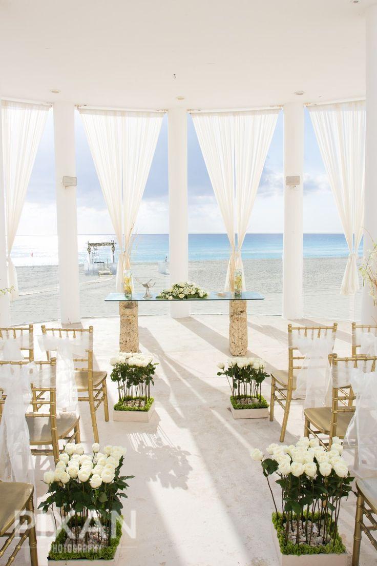 Destination wedding locations at aaa 5 diamond winner le for Popular destination wedding locations