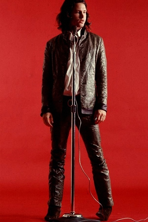 JIM MORRISON-always in leather! In almost all of his performances he wore leather pants.