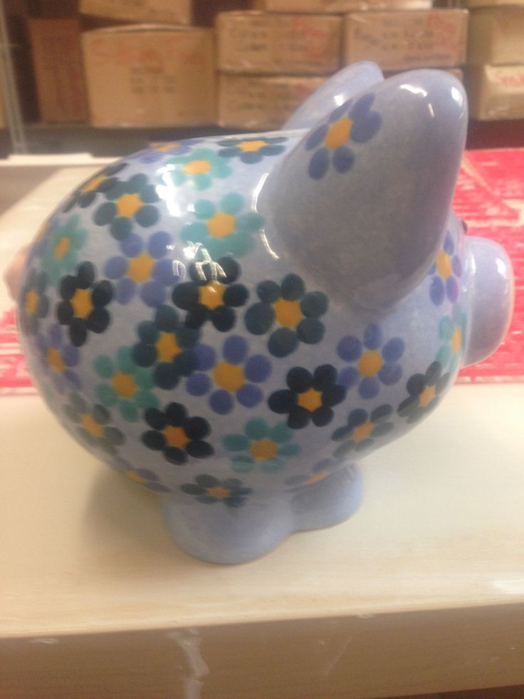 A Pig Moneybox's painted at The Crafty Cafe