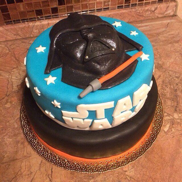 Торт двухъярусный Дарт Вейдер, Звездные войны. Внутри - три шоколада и черничный. 4 кг + украшения.