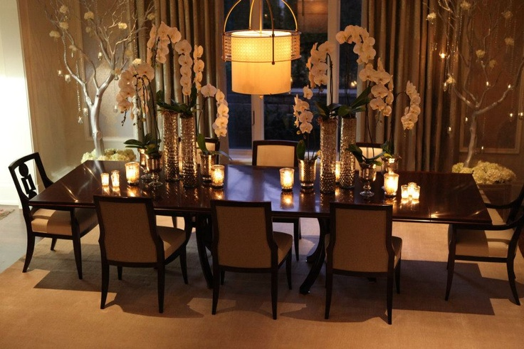 Beautiful dining room at Christmas time by PCM Inc