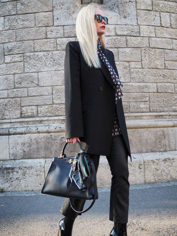 Business Outfit-Outfit für das Frühjahr für erwachsene Frauen. Mehr Trends/ Styling Ideen/Inspirationen/ Mode/ Fashion für Frauen auf meinem Modeblog Sandra Levin. Ein Blog für Frauen über 30 Jahren.