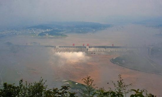 Water inflow into Three Gorges Dam recedes - China News - SINA English: Water, Dam Recedes, News General, Science News, Amazing Places, Environmental Science, China News, Sina English