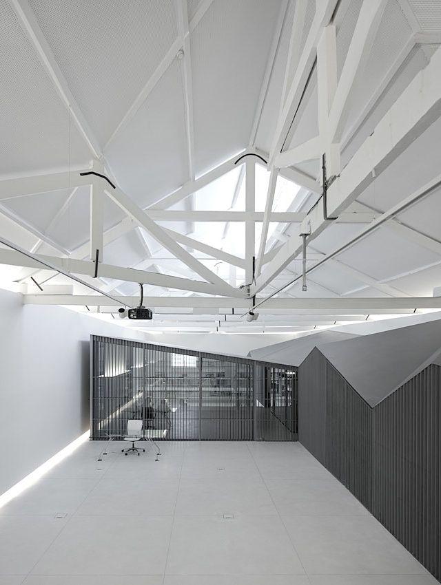 Architect's Office In Matosinhos by Nuno Sampaio Arquitetos