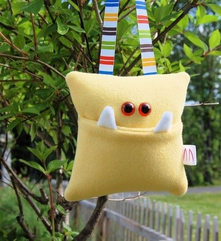 I LOVE these Monster Tooth Fairy Pillow Pockets so much I had to give one away. HERE. .   I am also gonna have to try my hand at making the...