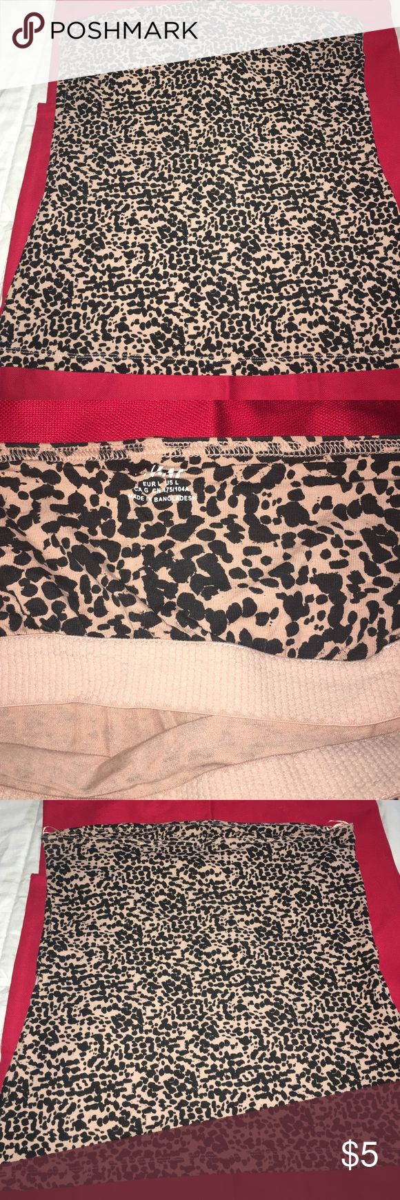 Leopard tube top H&M leopard tube top with built in bra only worn once H&M Tops