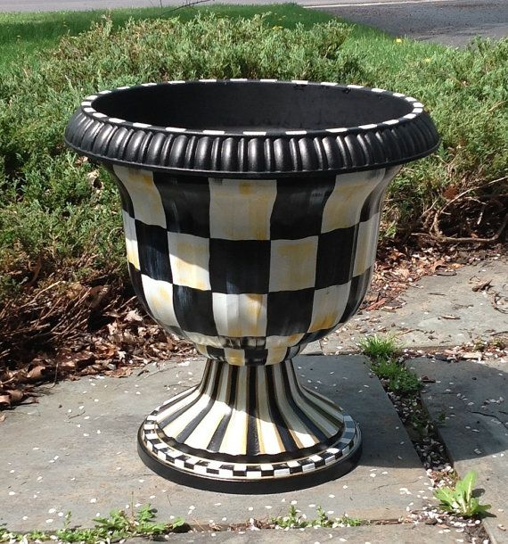 Beautiful Custom Made Custom Urn Planter   Hand Painted   Black And White Checked    Plastic Resin