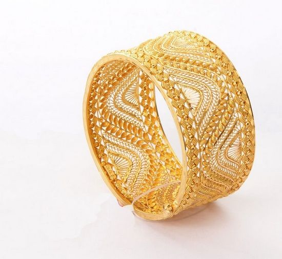 10 Traditional Gold Bengali Jewellery