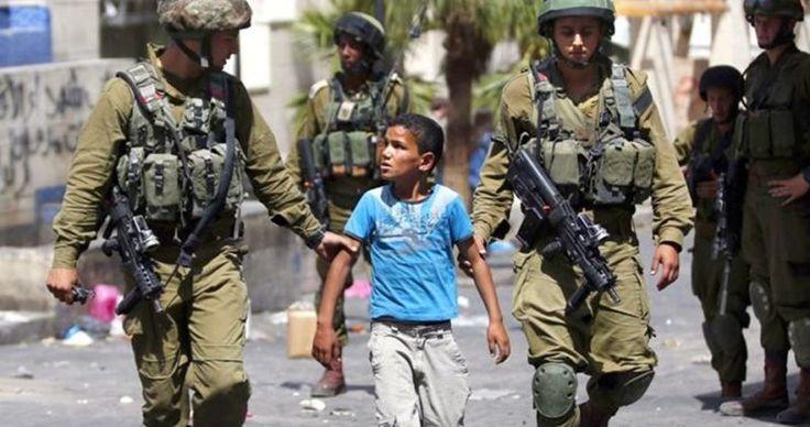 Sejak Intifadhah Al-Quds Penjajah Makin Sering Tangkapi Anak-anak di Tepi Barat dan Baitul Maqdis  Foto: PIC  PALESTINA Ahad (PIC): Sejumlah sumber hak asasi manusia di Palestina menjelaskan sejak pecahnya Intifadhah Al-Quds awal Oktober 2015 serdadu Zionis semakin meningkatkan aksi penangkapan terhadap anak-anak Palestina di Tepi Barat dan Baitul Maqdis.  Asosiasi Perkumpulan Tahanan Palestina mengatakan spektrum penargetan anak-anak Palestina semakin meluas sejak tahun lalu. Saat ini ada…