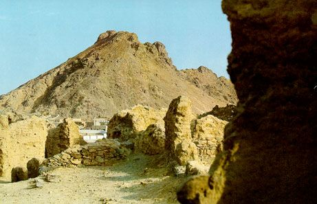Battle of Ohud was fought in this valley.It is situated in Madinah.In third year of hijrah three thousand of qureish army came to fight seven hundred of the muslims in ohud.