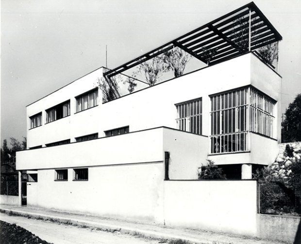 Wystawy Werkbundu miały ogromny wpływ na rozwój myśli architektonicznej i urbanistycznej. Realizowane z wielkim rozmachem, projektowane przez najwybitniejszych architektów wdrażały w życie nowoczesne i śmiałe idee, które na zawsze zmieniły sposób projektowania. Razem z wrocławskim Muzeum Architektury zapraszamy na przegląd osiedli powstałych w lata 1927-1932 prezentowanych na nowej wystawie.