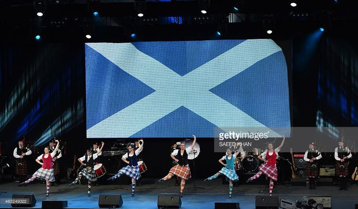 Glenbrae Celtic dancers and the City Of Melbourne Highland Pipe band take part in Scotland's performance at the opening ceremony ahead of the ICC 2015 Cricket World Cup at the Myer Music Bowl in Melbourne on February 12, 2015. AFP PHOTO / Saeed KHAN