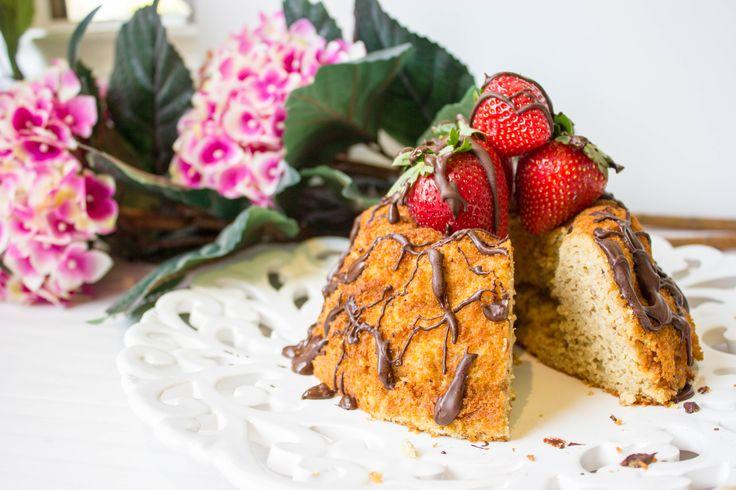 Gluten Free, Low Crb, Sugar Free Vanilla ream cheese cake