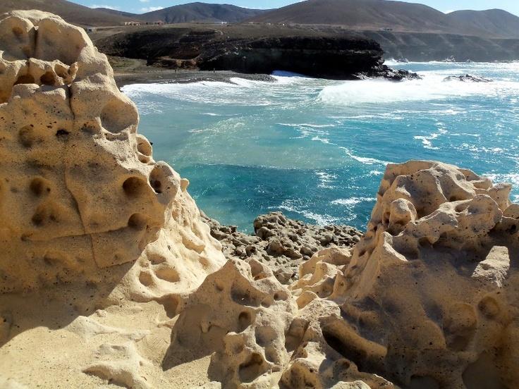 Ajuy, i colori dell'oceano dalla scogliera