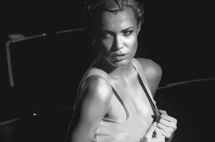 Passion float by Viktoria Ilyash on 500px