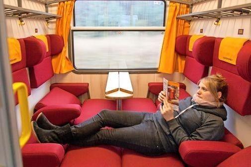Entrou em circulação na Alemanha um trem movido a energia renovável que oferece uma viagem diferente! Veja por que ele é um dos mais sustentáveis e inovadores do mundo no blog  http://ift.tt/1IJoGoo