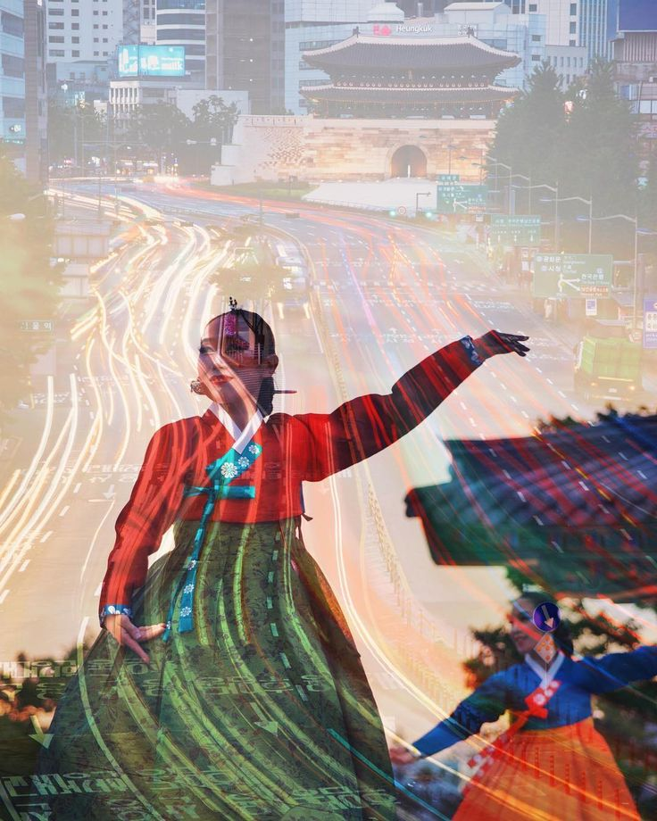 Playing with Snapseed. I haven't used it for a while. I forgot how fun it was especially with the new (to me) features. . . . . #travel #dance #Korea #namdaemun #namsangol #doubleexposure #snapseed #nikon #Seoul #GSM #GlobalSeoulMate #VisitSeoul #traditional #hanbok #nationaltreasure #한국 #서울 #여행 #한복 #corée #coréedusud #vacances #남대문 #남산골한옥마을