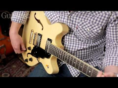 Guild guitar tech Mark Masson demos the Starfire IV ST Maple in Natural Flame…