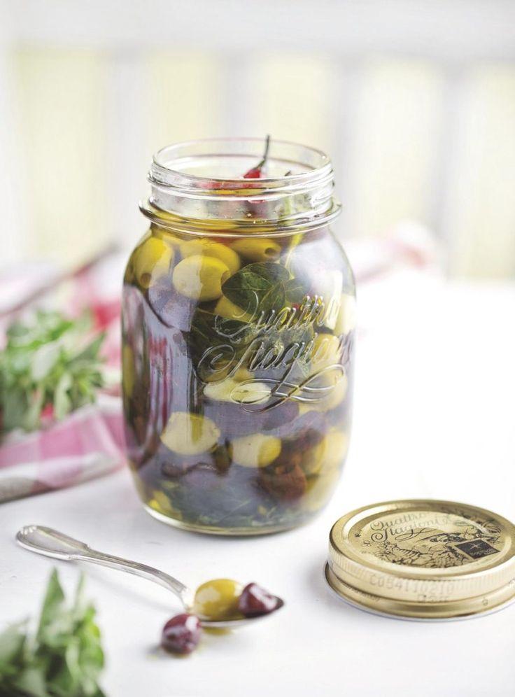 Gemarineerde olijven met oregano - Foodies