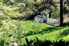 Julian Meadow View Inn California Affordable Wedding Venue 2 750 Site Fee For Up To 100 Guests Has A Range Of Fees Guest Count