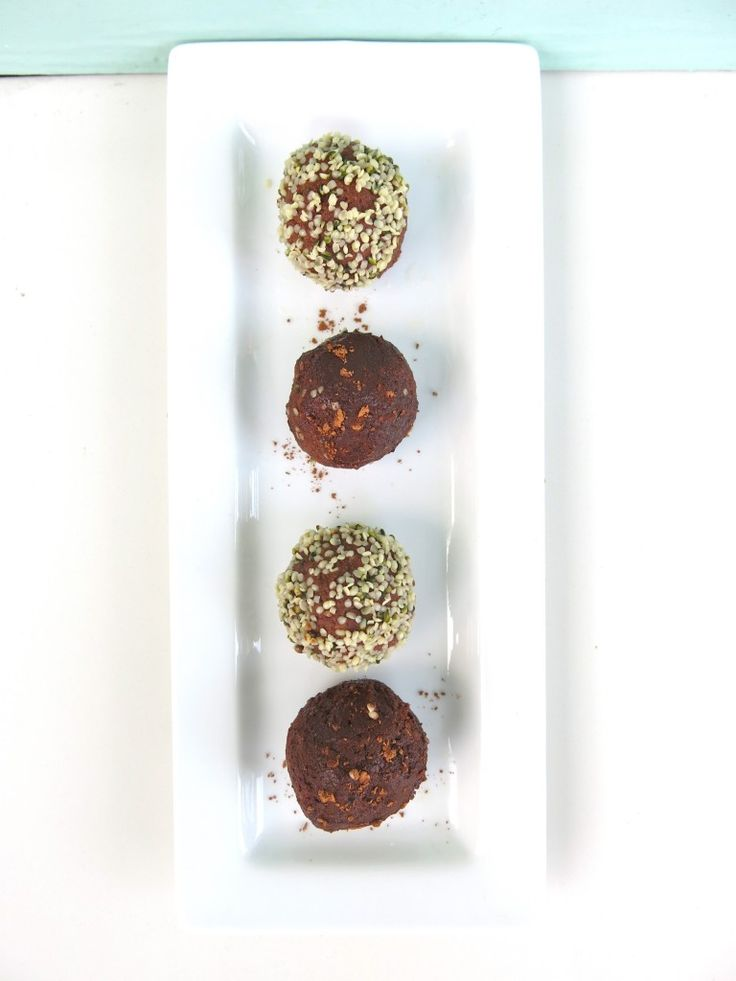 Low Glycemic Raw Cacao Bliss Balls