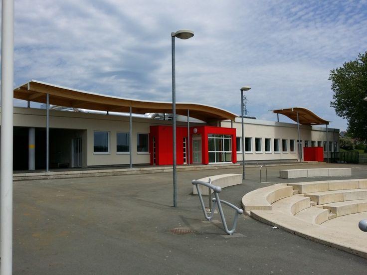 Collège PIERRE et MARIE CURIE à Héricourt demi-pension, par ROCHET-BLANC