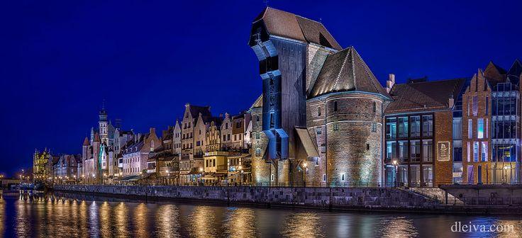 https://flic.kr/p/JQXJGW | Gdansk panorámica de la ciudad histórica | Waterfront of Motlawa river and Dlugie Pobrzeze in Gdansk, Poland dleiva.com/