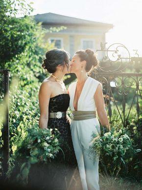 Doppelte Weiblichkeit: Hochzeitsidee in Schwarz-Weiß SIEGRID CAIN http://www.hochzeitswahn.de/inspirationsideen/doppelte-weiblichkeit-hochzeitsidee-in-schwarz-weiss/ #wedding #bride #black