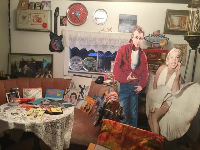#BeaverCreekYukon: Sid's 50s diner room is a throwback to an earlier era.  https://loom.ly/-6t5Szg