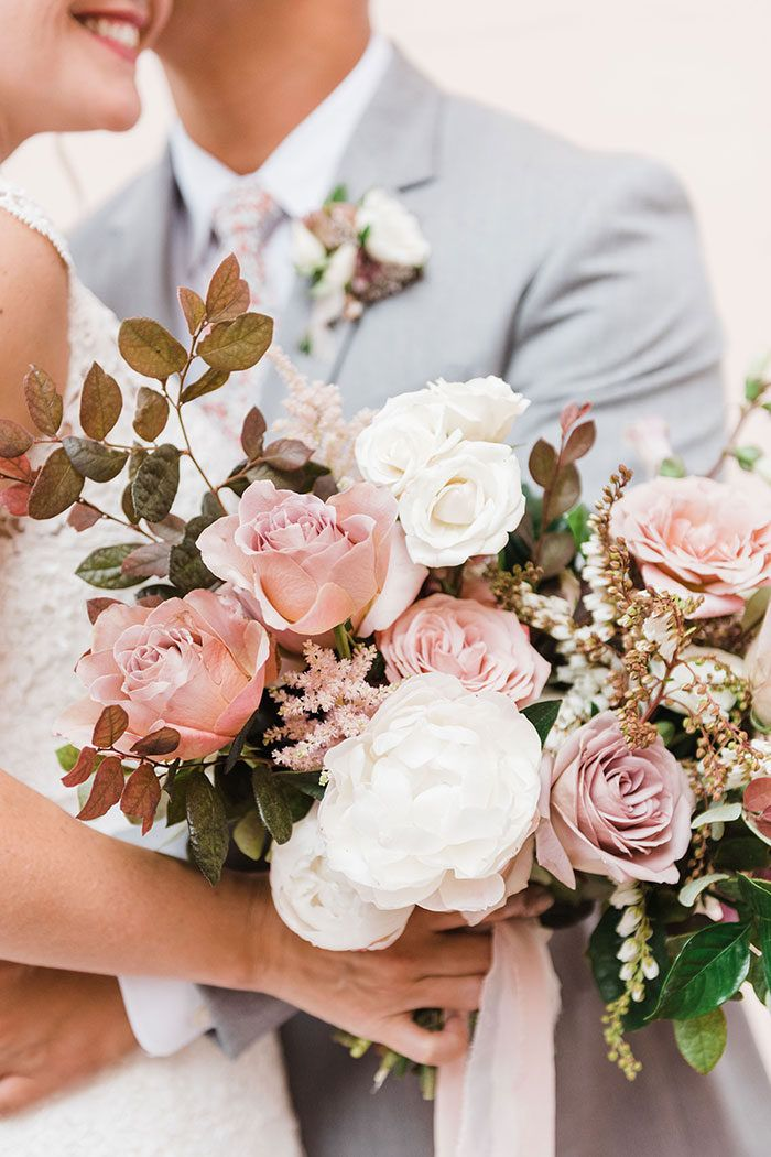 Dusty Pink And Lavender Summer Chic Wedding In San Diego Dusty Pink Wedding Flowers Pink Wedding Flowers Lilac Wedding Bouquet