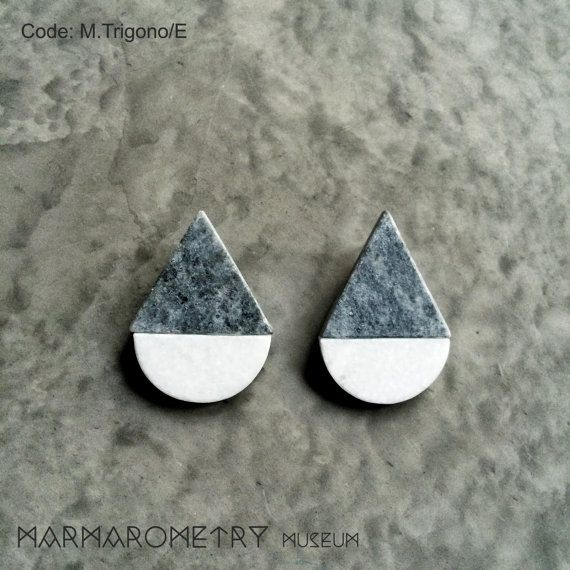 Grey white marble geometric earrings pyramid shape by Marmarometry