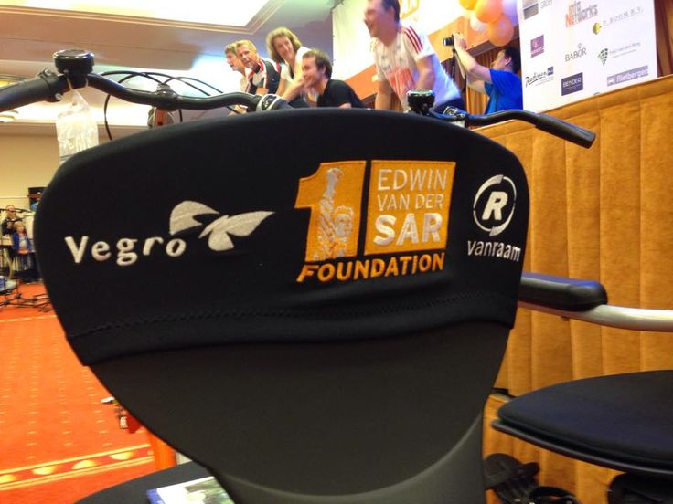 Duofiets Edwin Van der Sar foundation