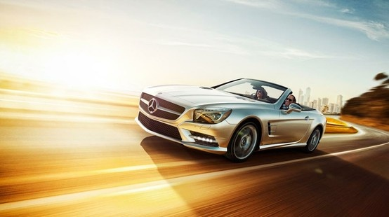 Mercedes-Benz SL-Class. The fine art of flying without taking off.