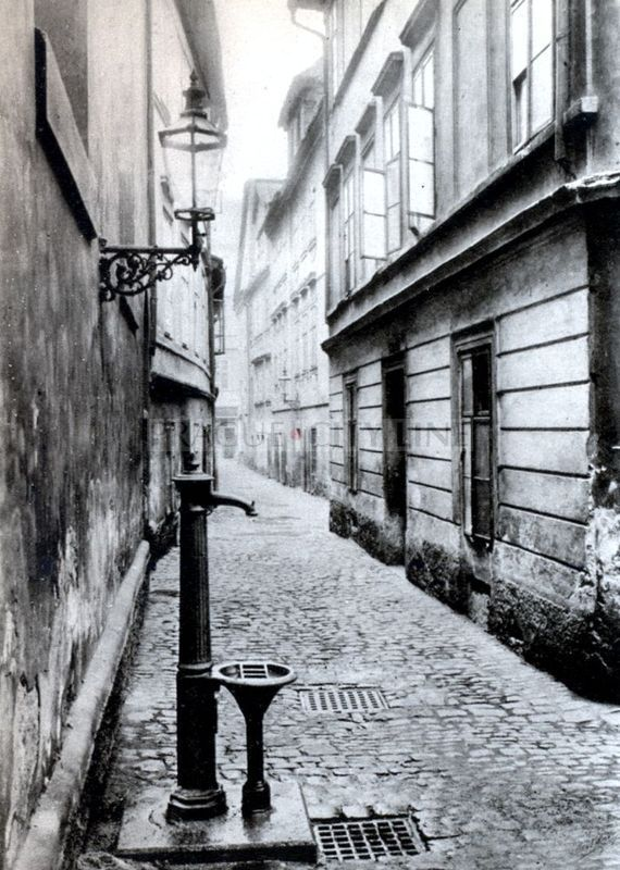 Prague, Cikánská ulice