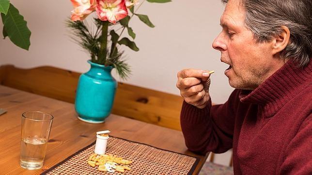 Tomar demasiados ansiolíticos puede aumentar el riesgo de #Alzhéimer   Vía @BSPasistencia  http://bspasistencia.com/component/k2/item/121-tomar-demasiados-ansioliticos-puede-aumentar-el-riesgo-de-alzheimer.html