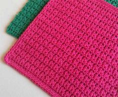 Простой, но интересный узор для вязания крючком может пригодиться для вязания салфеток, сумок, прихваток, теплой одежды.. Да, практически, для чего угодно.