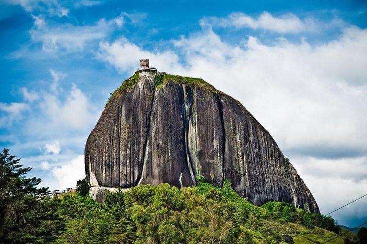 Guatape and El Peñol Rock Day Trip