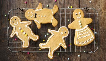 BBC - Food - Recipes : Gingerbread men