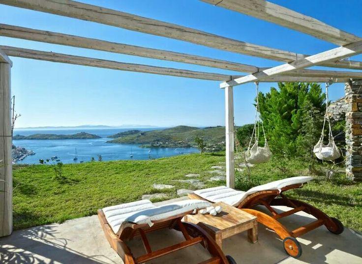 Aigis suites in KEA island greece