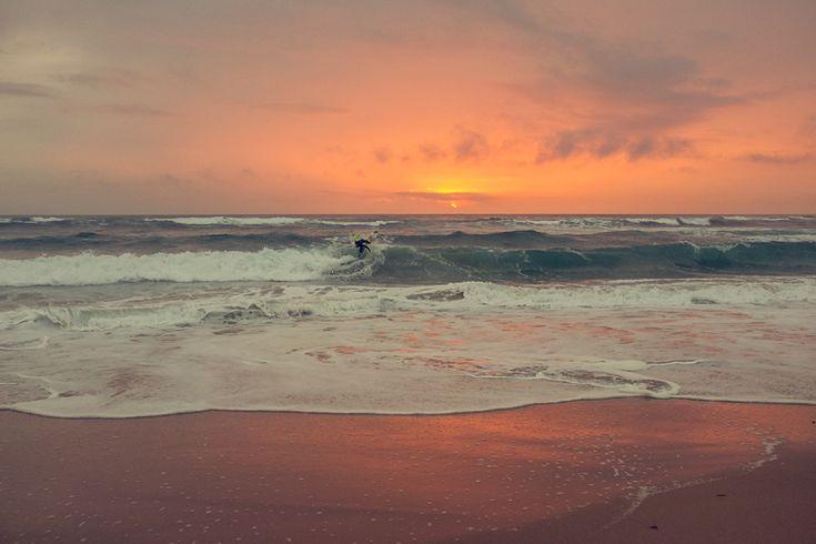 Surfing Alentejo, Portugal | PepijnTigges - via SurfBenelux 10.08.2015 | Een team van vier SurfBenelux riders is dit voorjaar afgereisd naar Alentejo in Portugal. Pepijn Tigges deelt hier zijn ervaringen. #portugal #surf #travel #reizen
