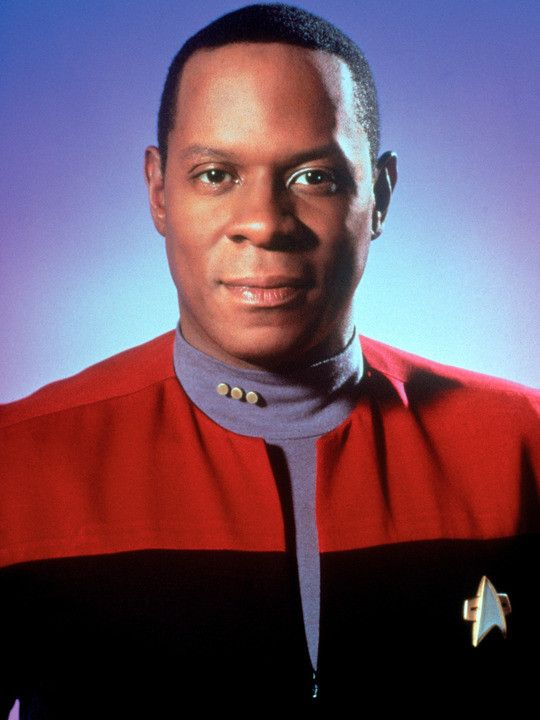 Star Trek: Deep Space Nine (TV show) Avery Brooks as Commander Benjamin Sisko