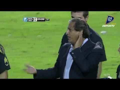 """""""No se escucha"""" - Ramon Diaz pide aliento a la hinchada de Boca"""