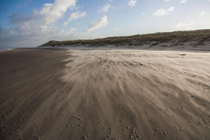 Windy beach on Vlieland - picture made by Bart Lebesque