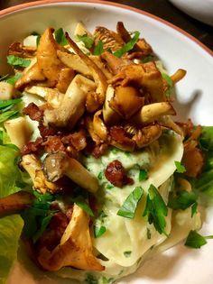 Pappardelle mit Pilzen und einer cremigen Sauce aus grünem Salat und Petersilie! Soulfood am Freitag!