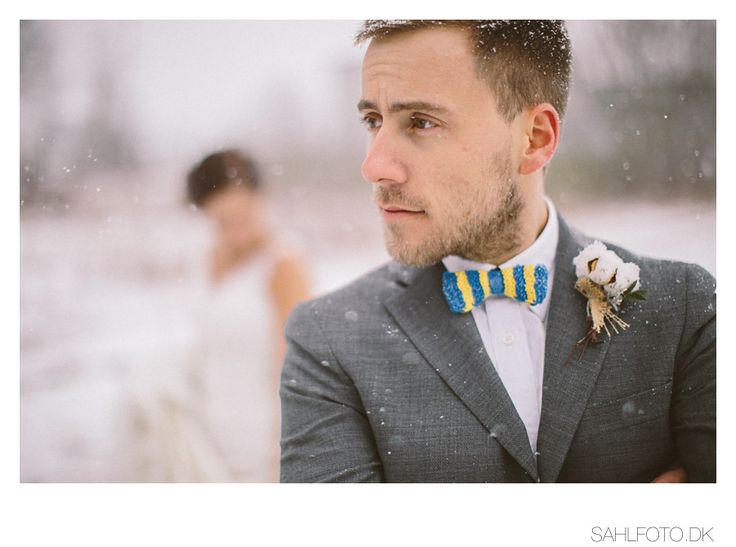 wedding groom diy bow-tie and boutonniere
