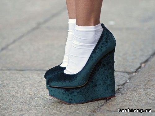 Бархатная революция (2) / бархатные туфли