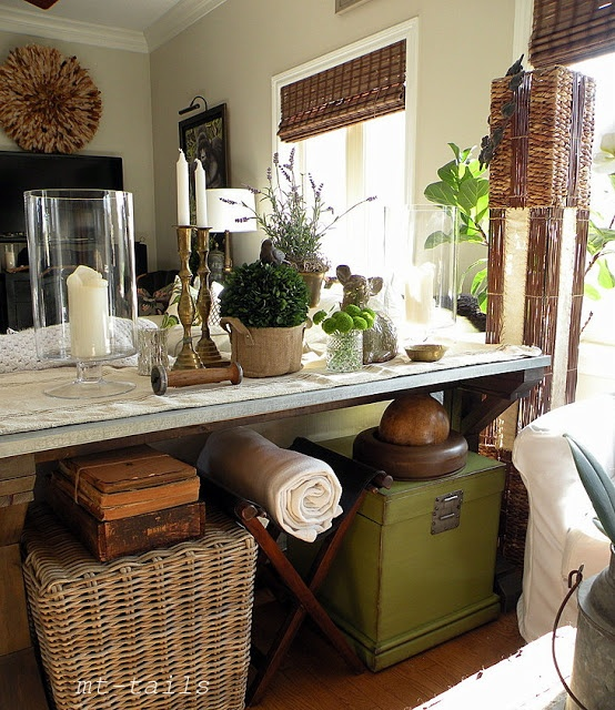 Spring Farmhouse Console Table   Exactly What I Want For Behind The Couch!