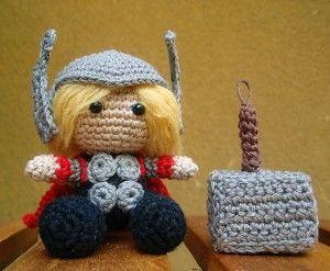 Thor crochet amigurumi