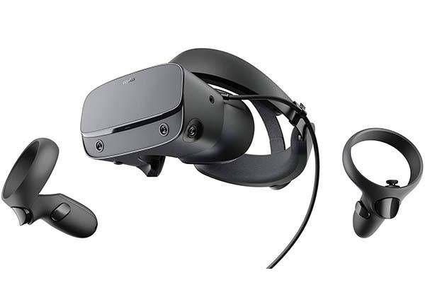 Oculus Quest Oculus Quest Pre Order Bonus In 2020 Virtual Reality Headset Oculus Vr Vr Headset